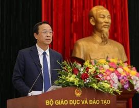 Trao quyết định điều động, bổ nhiệm tân Thứ trưởng Bộ GD&ĐT