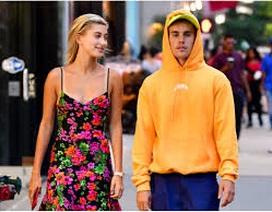 Hailey Bieber tiết lộ về cuộc sống vợ chồng