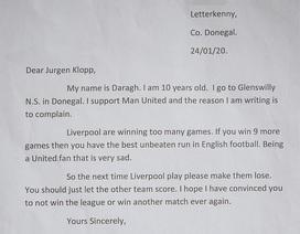 Fan nhí MU viết thư đề nghị HLV Klopp không vô địch Premier League
