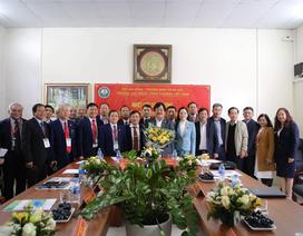 Tổng cục Giáo dục nghề nghiệp đến thăm và làm việc tại Trường Cao đẳng Công thương Việt Nam