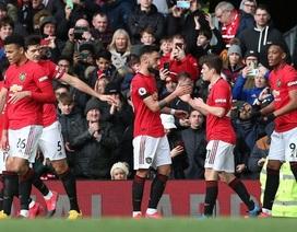 Man Utd 3-0 Watford: Màn tỏa sáng rực rỡ của Fernandes