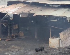 Xưởng gỗ cháy dữ dội, 1 người thiệt mạng