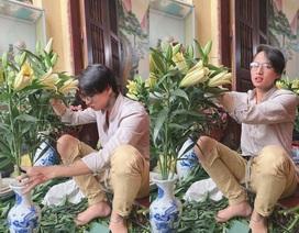 """Em gái khoe anh trai ngồi cắm hoa, nấu nướng gây """"sốt"""" mạng"""