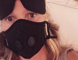"""Sao phim """"Sự truyền nhiễm"""" nhắc nhở fan cẩn trọng giữa dịch bệnh"""