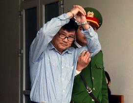 Bất ngờ hoãn xử cựu nhà báo Trương Duy Nhất