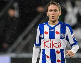 HLV Heerenveen tiết lộ để cựu cầu thủ Barcelona ra sân