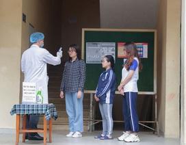 ĐH Quốc gia Hà Nội khử khuẩn phòng học đón SV trở lại trường ngày 2/3