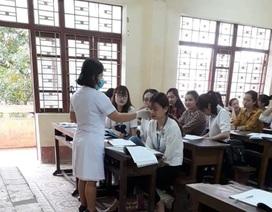 Trở về từ Bệnh viện Bạch Mai, 13 cán bộ, GV, HS được giám sát y tế