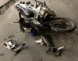 Cố tránh chốt đo nồng độ cồn, tài xế ô tô lại gây tai nạn