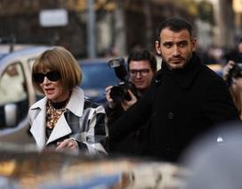 Tổng biên tập tạp chí thời trang tự cách ly sau khi trở về từ Ý