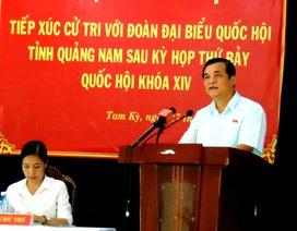 Quảng Nam: Cấm dùng ngân sách tặng hoa lãnh đạo tỉnh