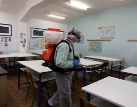 Gần 300 triệu học sinh toàn cầu nghỉ học vì Covid-19