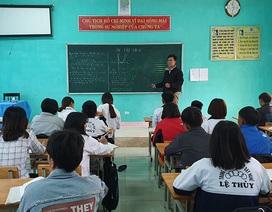Lớp học đặc biệt nâng bước tương lai cho học sinh Vân Kiều