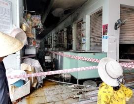 Cháy chợ lúc nửa đêm, gần 100 ki ốt bị thiêu rụi