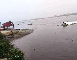 Lật phà trên sông Đáy, 6 người thoát nạn