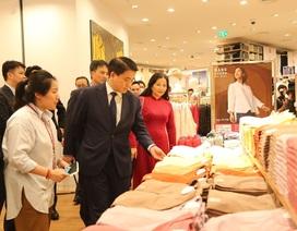 Chủ tịch Hà Nội: Tôi tin cô gái nhiễm Covid-19 không dự khai trương Uniqlo