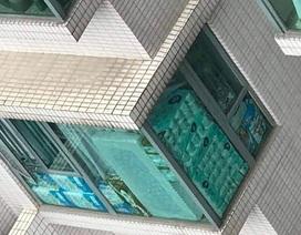 Băng đảng mang dao đi trộm 600 cuộn giấy vệ sinh ở Hồng Kông