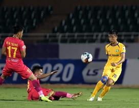 Cuộc đua giành suất ở đội tuyển Việt Nam giữa Văn Toàn và Văn Đức