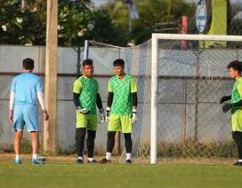 Dính nghi án tiêu cực, thủ môn U23 Việt Nam khó lên tuyển?