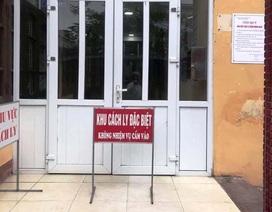Cách ly một trường có triệu chứng sốt, vướng họng trở về từ Thái Lan