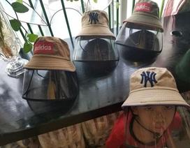 Sau khẩu trang, mũ chống giọt bắn được người Hà Nội tìm mua