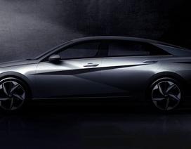 Hyundai hé lộ hình ảnh Elantra thế hệ mới