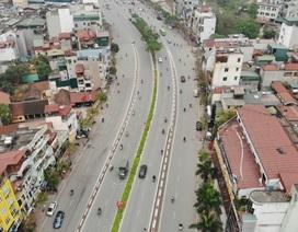 Đường phố Hà Nội vắng như Tết vì dịch Covid - 19