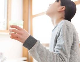 Súc miệng, súc họng sát khuẩn: Chọn loại nào để có tác dụng kéo dài nhất?