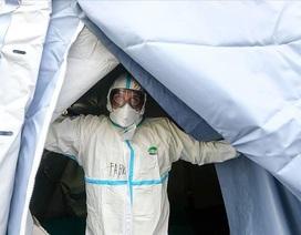 Hơn 800 người chết, hơn 12.000 ca mắc Covid-19, Italia siết phong tỏa