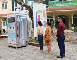 Buồng khử khuẩn toàn thân hiệu quả 99,99% do người Việt chế tạo
