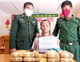 Đối tượng người Lào mang theo 60 ngàn viên ma túy vượt biên vào Việt Nam