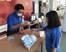 Cựu SV tặng 42.000 khẩu trang kháng khuẩn cho SV trường ĐH Bách khoa TPHCM