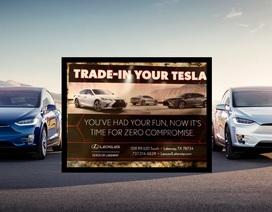 Đại lý Lexus dụ khách bỏ xe Tesla mua xe Lexus