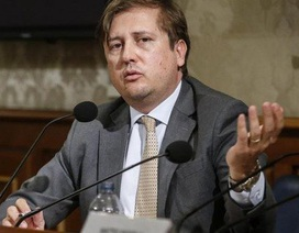 Thứ trưởng Y tế Italia mắc Covid-19