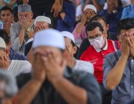 """Gần 430 người mắc Covid-19, Malaysia thành """"ổ dịch"""" lớn nhất Đông Nam Á"""