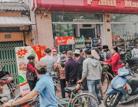 """Doanh nghiệp Hà Nội cho rađờibánh sandwich """"giải cứu dưa hấu"""" trên thị trường"""