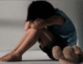 Triệu tập người đàn ông 60 tuổi bị tố xâm hại tình dục bé gái 9 tuổi