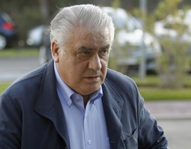 Cựu Chủ tịch Real Madrid sốt cao, nhập viện, nghi nhiễm Covid-19