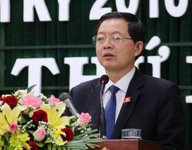 """Gần 4.000 hồ sơ bị """"ngâm"""", Chủ tịch Bình Định buộc cán bộ xin lỗi dân"""
