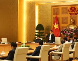 Người Việt cân nhắc kỹ việc về nước do di chuyển đường hàng không khó khăn