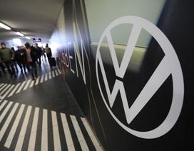 Tập đoàn ô tô lớn nhất thế giới ngưng hoạt động trên toàn châu Âu