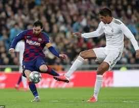 Chủ tịch UEFA bác bỏ việc trao chức vô địch cho Barcelona hay Liverpool