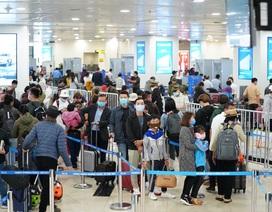 """Hỏa tốc """"lệnh"""" tạm dừng vận chuyển người Việt từ vùng dịch về TPHCM"""
