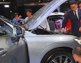 Người mua xe sẽ có lợi trăm triệu đồng nếu giảm 50% thuế phí?