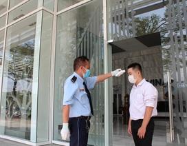 Hà Nội: Chi trả bảo hiểm thất nghiệp cho lao động mất việc vì Covid-19