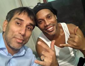 Đãi ngộ đặc biệt của Ronaldinho khi ở trong tù