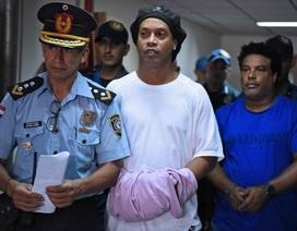 Đón sinh nhật tuổi 40 trong tù, Ronaldinho đang đối diện án tù 6 tháng