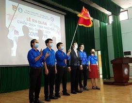 Hàng trăm SV tình nguyện góp sức vào chiến dịch phòng, chống dịch Covid-19