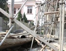 Sập mái trụ sở xã đang thi công, một công nhân tử vong
