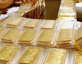 """Đừng liều ôm vàng, tiền mặt bây giờ là """"vua"""""""